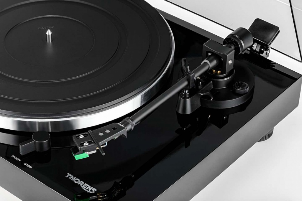 thorens-td-202-photo-3.jpg
